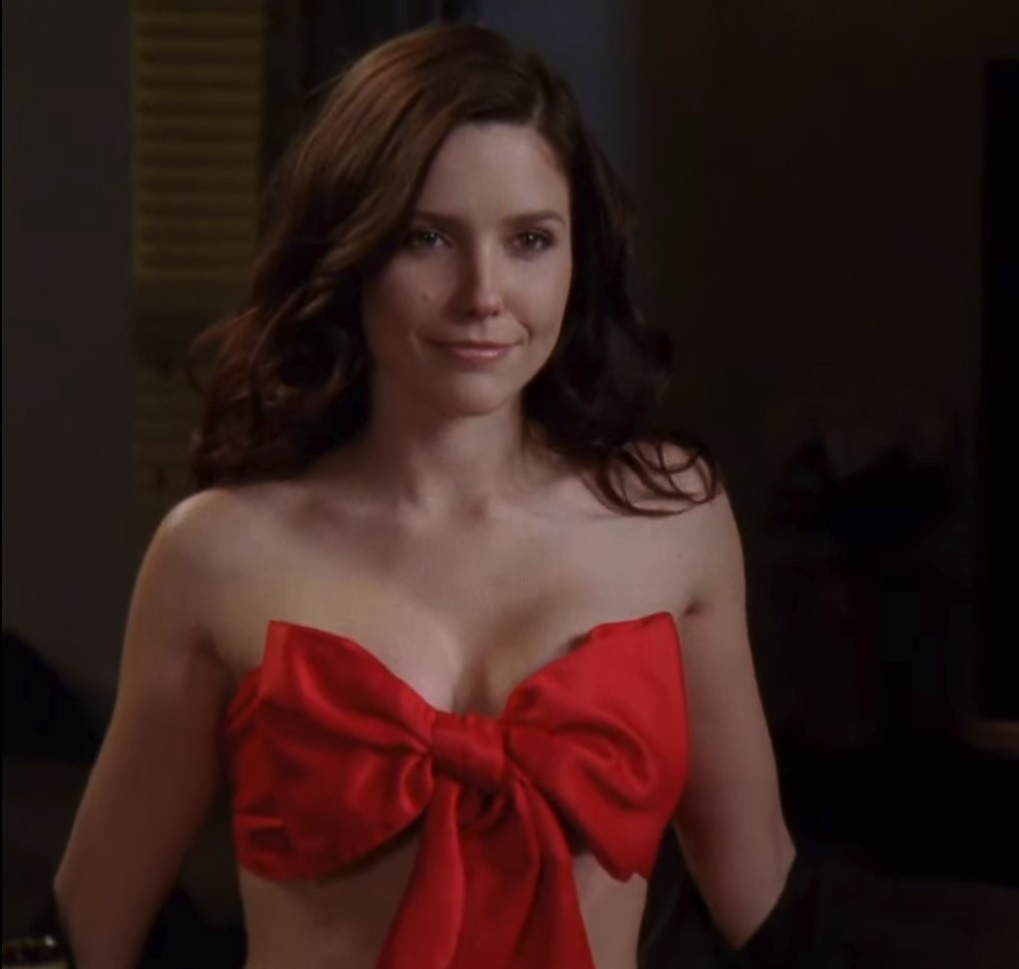 Sophia Bush stripping in sexy One Tree Hill video